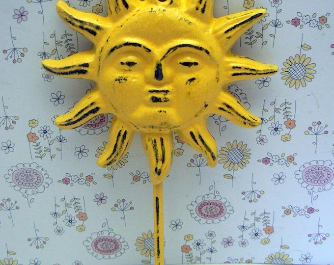 Sun Face Cast Iron Wall Hook Yellow Sunshine Shabby Chic Patio Porch Pool Home Decor