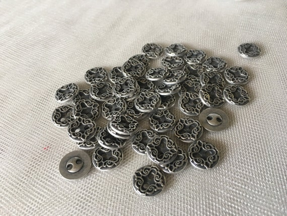 5 Metal Buttons Victorian Style for Garments, Doll's Clothing, Costume or Jewelry Design