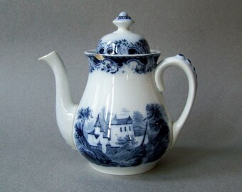 Small Antique Teapot / Blue and White Transferware