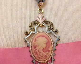 Magnificent Marie Antoinette Parisan Pink Cameo Necklace