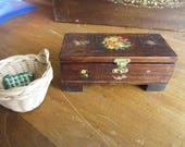 Dollhouse Decor. Decoupaged Wooden Chest , Basket with pillow, Fabrics. DH 325