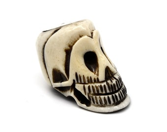 Large Bone Skull Bead, 1pc, 13/4 Inch,   1mm Drilled Hole, Focal Bead -P225