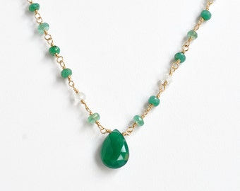 Gold Emerald Necklace / Emerald Beaded Necklace / Green Onyx Necklace / Multi Gemstone Chain / May Birthstone Jewelry / 15 Inch