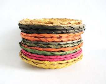 14 Colored Wicker Paper Plate Holders Orange Green Yellow Red Colours