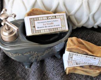 Savon à la soie Le Truffé avec beurre de cacao, huiles essentielles d'agrumes, doux, hydratant