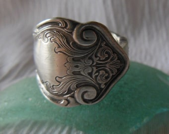 Antique Spoon Ring   Silver plate  Size 8.5