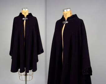 1950 style black cape • vintage evening cape • vegan friendly poncho faux fur