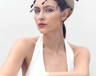 Straw Pillbox Hat, Jackie O Style, Veiled Beret, Ladies Day Millinery - Bérénice