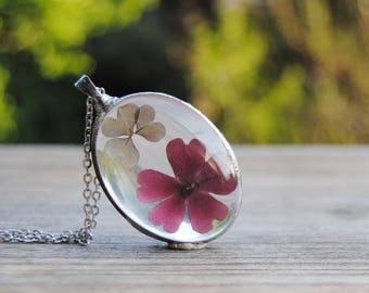 Terrarium necklace, real flower pendant, pressed flower necklace, terrarium jewelry, rustic wedding bridesmaid necklace, oval terrarium