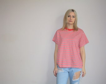Vintage 70s Red White  Striped  Crew Neck Lady Champion Oversize T Shirt  - Vintage 1970s  Top  - Vintage 70s Tops  -  W00418