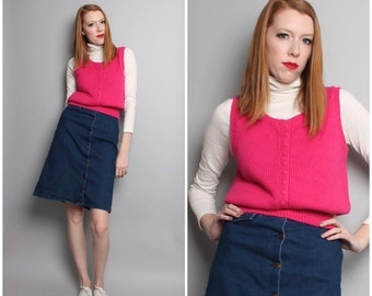 1980's Hot Pink Magenta Sleeveless Sweater / 70's 80's Cropped Sweater / Small
