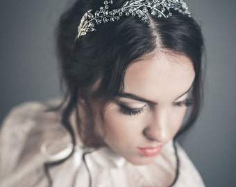 Bridal tiara - Lily of the valley crown - Floral headband - Bridal headpiece - Bohemian bridal headpiece