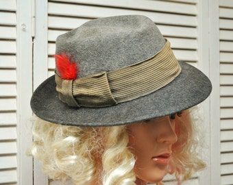 Vintage Dobbs Mens Fedora Hat 50s 40s Gray w/Ribbon Band/Game Bird/Distressed As Is Theater Costume Detective size 7 1/8 long oval Antique