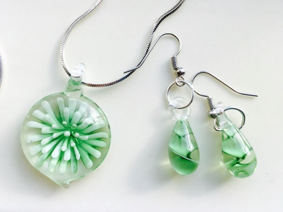 Pale Green Sea Urchin Under Glass Necklace and Earrings, Green Jewelry Set, Silver Jewelry Set