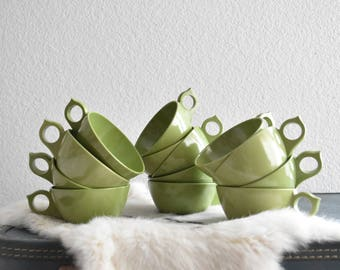 vintage retro olive green melmac cups / mug / melamine serving drink set