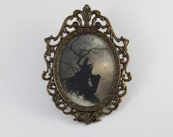 Antique Brass Vintage Filigree Oval Glass Picture Frame Mythological Witch Fantasy Gothic Art