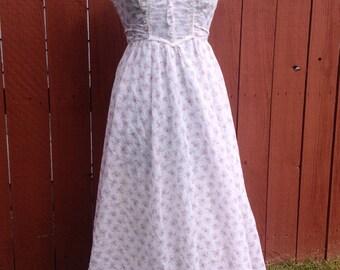 70's Gunne Sax Dress/ Vintage floral maxi prairie dress