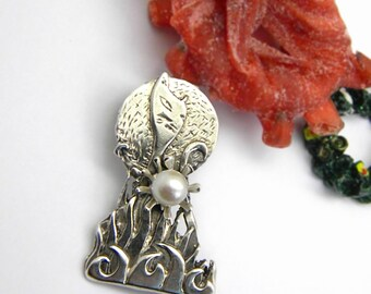 sterling silver brooch cat behind the bushes flower white pearl ,handmade cat jewelry