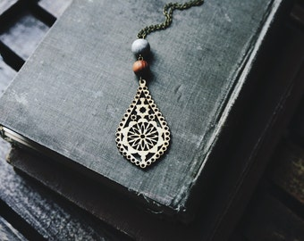 boho wooden teardrop necklace.