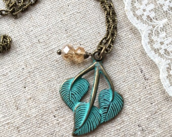 Necklace, bronze tone vintage style  leaf pendant necklace, unique birthday gift for mum, mom, sister, aunt, daughter
