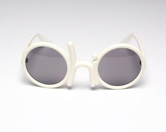 vintage 70s OHIO sunglasses Cleveland OH white plastic novelty glasses 1970 Indians Buckeyes Cavs sports fan RARE