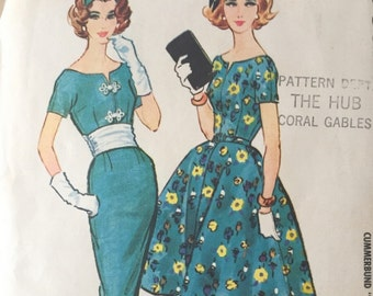 McCall's 4922 Party Dress with Cummerbund and Full or Slim Skirt, 1950's/1960's Dress, Bust 32