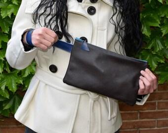 Leather clutch,brown clutch,leather handbag,wristlet clutch,brown leather bag,brown purse,leather purse bag,brown and blue,brown leather bag