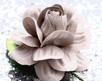 DIY Wedding Garland. Gray Paper Flowers. Flower Wedding Signs. Large Paper Flowers. Rustic Wedding Centerpiece. Shabby Chic Wedding Decor.
