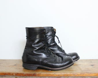 Black Leather Combat Boots Mens size 10 / 10.5 Shoes Vintage Grunge 9 Eye USA Womens Military 1960s 60s Goodyear Soles