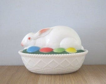 Vintage Easter Bunny Westmoreland Milk Glass Covered Dish