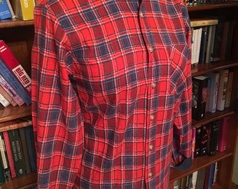 MAD FOR PLAID--Cozy Red White and Blue 1980s Ladies Flannel Blouse--S, M