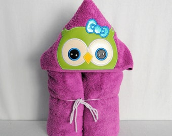 Lime Green Owl on Magenta Hooded Bath Towel