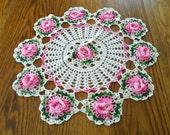 Pretty Vintage Pink Rose Doily / Crochet Rose Doily / Valentnes Day Decor / Table Doily / Shabby Cottage / Chic / Girly Decor / Cotton Doily
