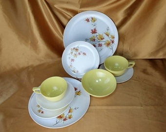 Glamping Picnic Mix & Match Mid Century Melmac Breakfast Set for 2  Plastic, Melamine, Sun Valley 10 pieces *eb
