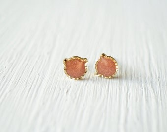 Gold Glitter Cat Stud Earrings