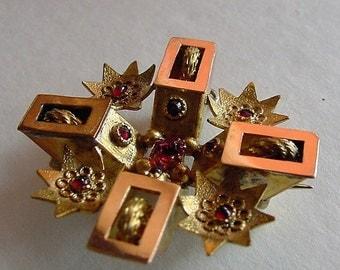 Antique Yellow Gold Multi Ruby Gemstone Pendant Brooch