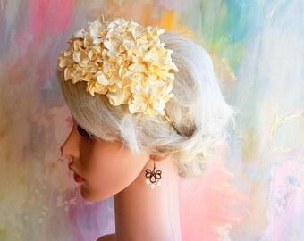 Cream bridal floral headpiece with smaller gardenias Vintage look
