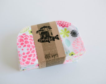 Cloth Diaper Wipes - Family Cloth - Soft  Baby Wipes Cloth Wipes Set of 20 Baby Wipes - Reusable Flannel Wipes (Flowers)