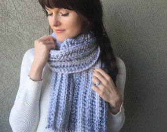 SALE: Chunky Grey Knitted Scarf / Oversize Wool Thick Crochet Scarf / Thick Winter Wool Accessory
