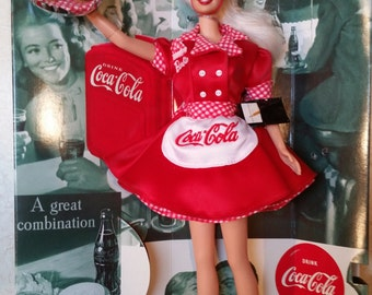 1998 COCA-COLA Barbie WAITRESS Car Hop~ Collector Edition