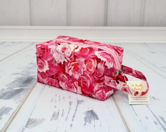 Pink Roses fabric Small boxy bag, Knitting Boxy Project Bag, Box Bag, Knitting Project Bag. Sock Knitting bag. Crochet bag,zippered box bag