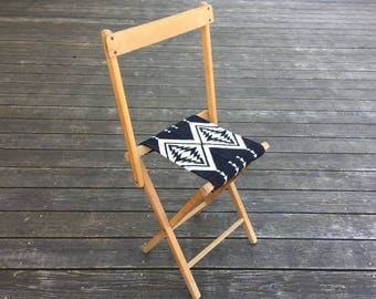 Vintage Camp Stool - Wool Seat - Black White Arrow Tribal Native Cross