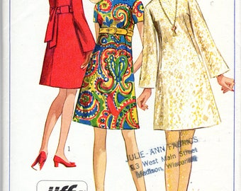 "Easy 1960's Mod Dress Pattern -Size 14, Bust 36"" - Simplicity 7897"