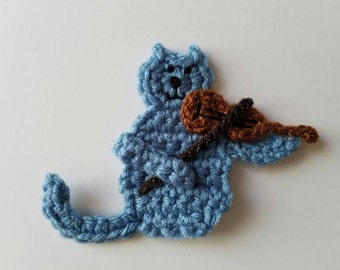 "NEW- 1pc 4.5"" Crochet CAT with a FIDDLE Applique, Musician Cat"
