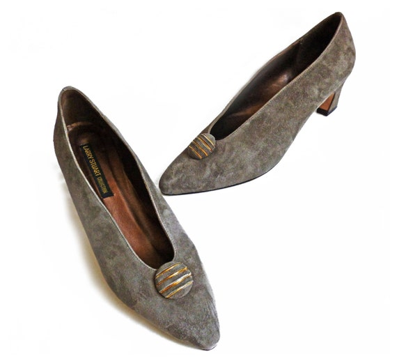 1980s Vintage Taupe Suede Pumps Larry Stuart Collection