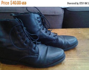 SALE Black Leather Ankle Boots - Hush Puppies - Sherpa Lined - Size 8.5