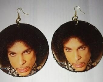 Large prince earrings