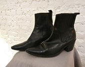 80s Guess Chelsea Boots - 9.5 - THE BEST Ankle Boots