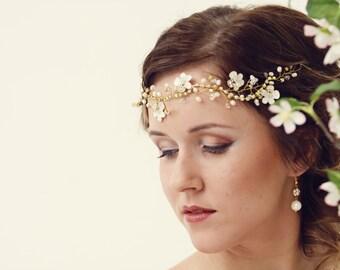Bridal Flower crown, Bridal hair vine, White flower crown, Leaf hair vine, Ivory Floral crown, Wedding flower crown, Wedding accessories