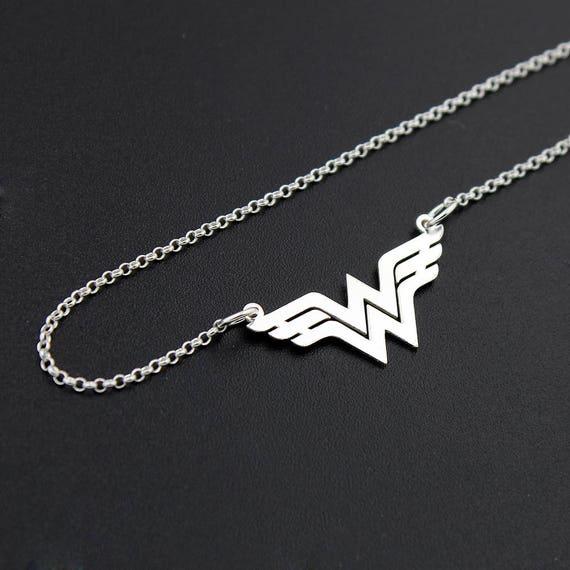 wonder woman necklace sterling silver wonder woman jewelry. Black Bedroom Furniture Sets. Home Design Ideas
